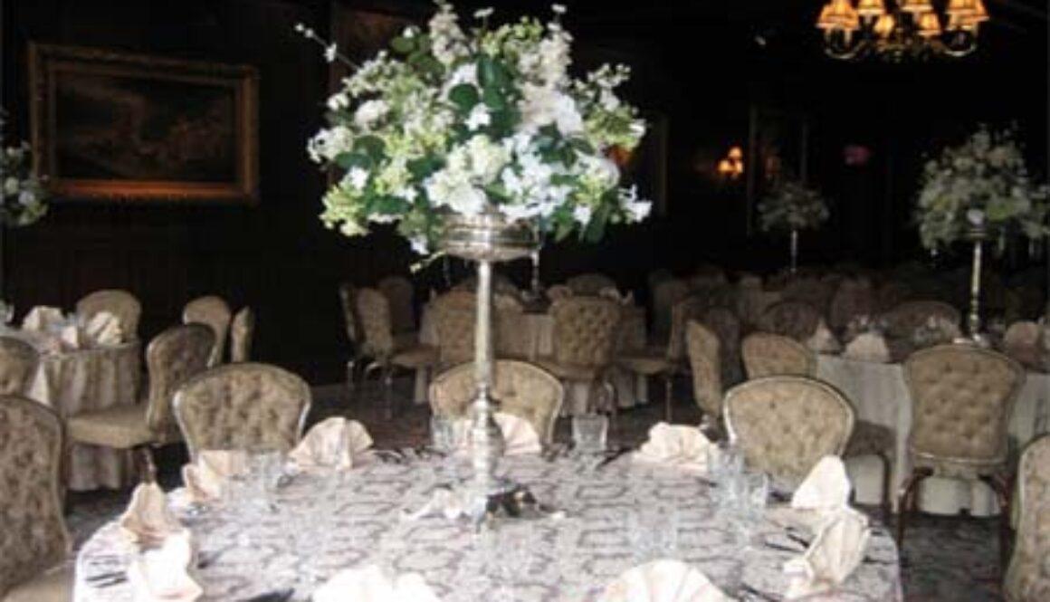 WeddingTableArrangement.jpg