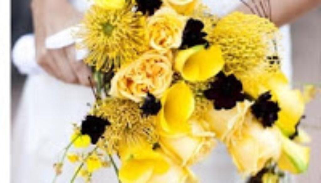 asymmertical+bouquet.JPG