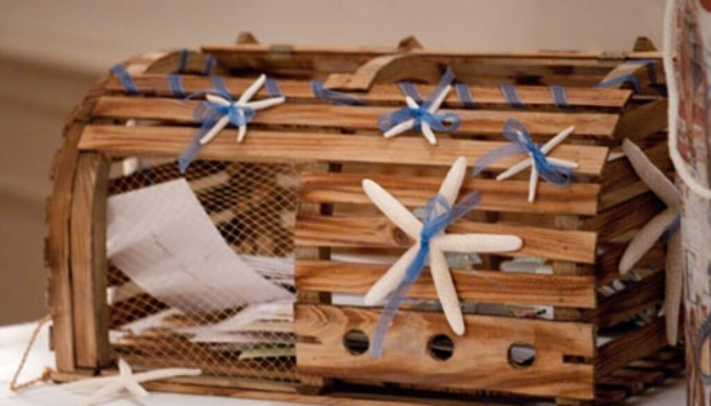 Wedding-Card-Box-with-Starfish-and-Blue-Ribbon460x300.JPG