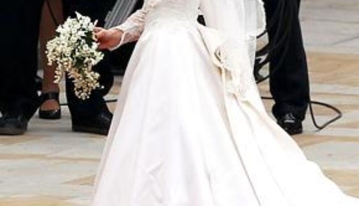 weddingdressb4kate.JPG