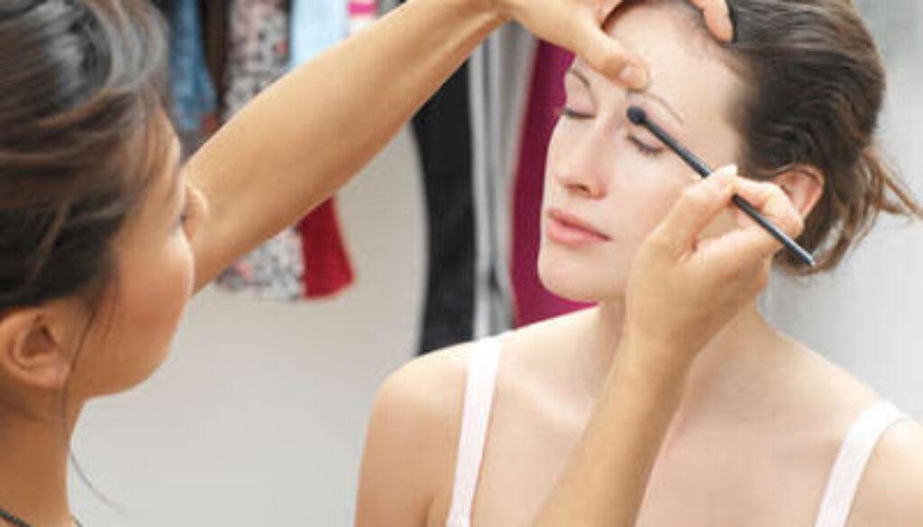 makeupartist.jpg