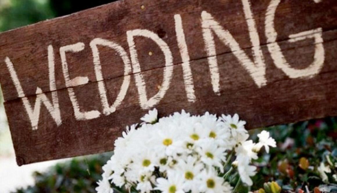 wedding-sign-trends.001.jpg