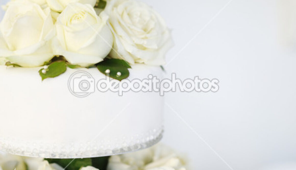 depositphotos_13726645-White-wedding-cake.jpg