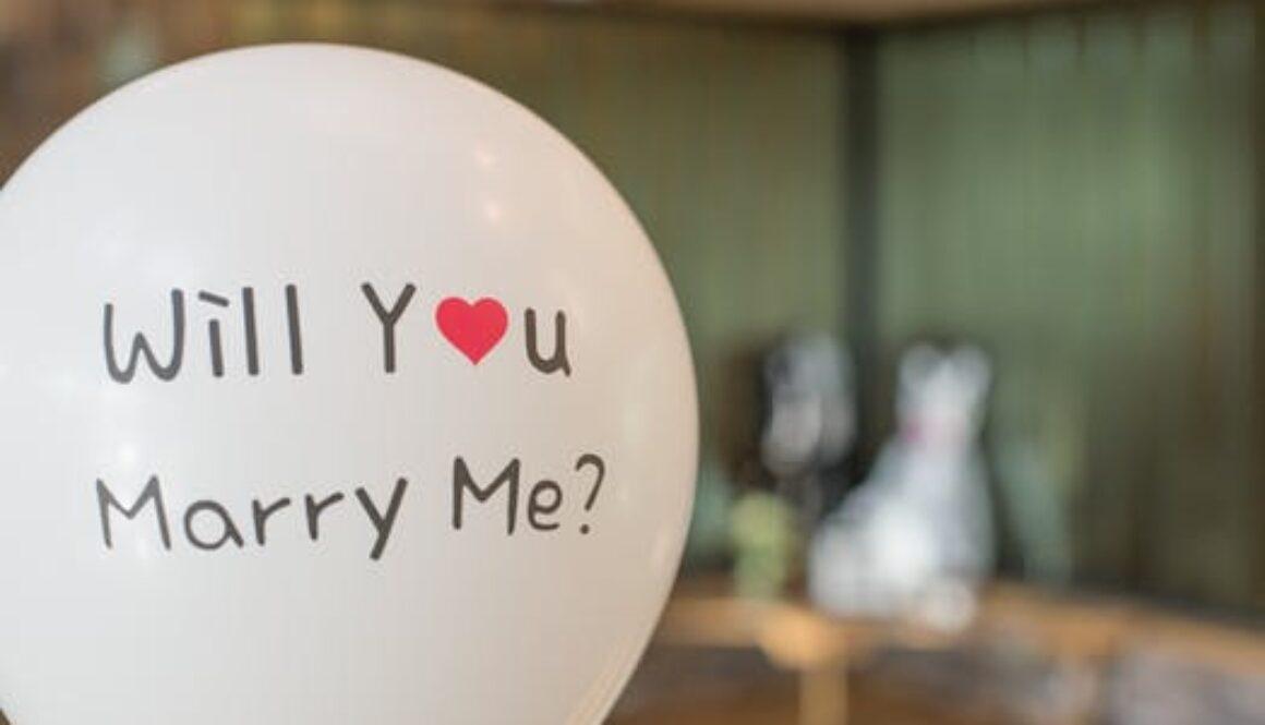 wedding-bride-groom-balloon-688293.jpeg
