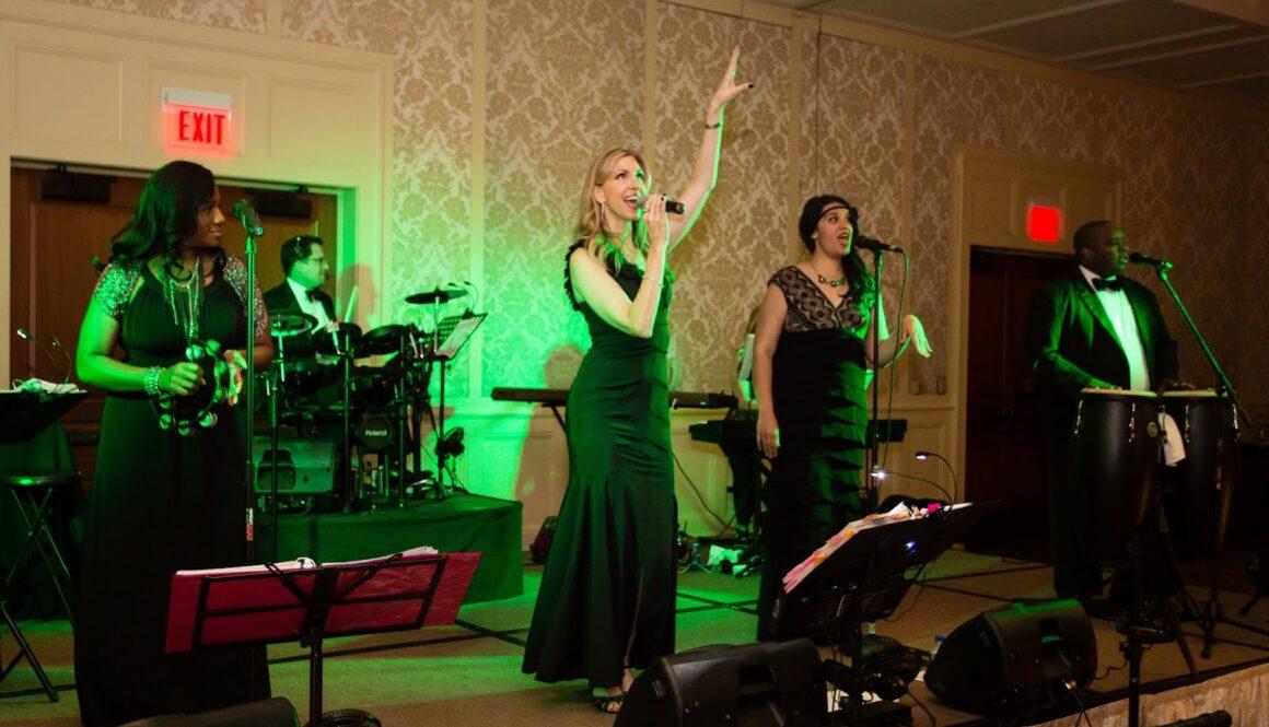 Chateau Band singer