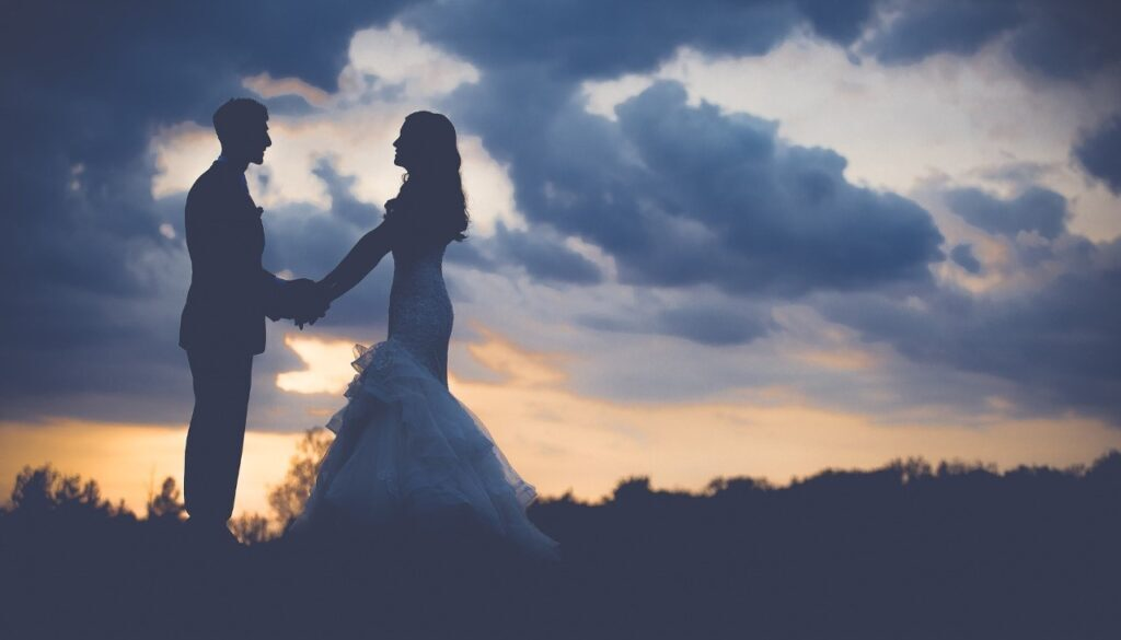 bride and groom photo clouds